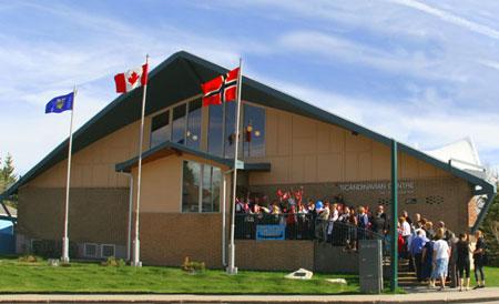 Scandinavian Centre in Calgary re-coat