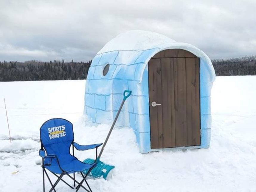 Portable Sprayfoam Ice Fishing Shack